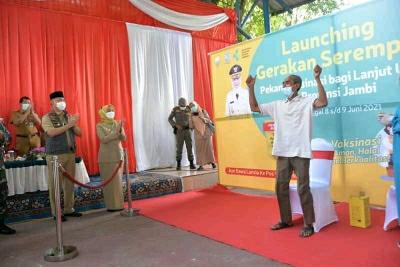 Pj Gubernur Launching Gerakan Serempak Pekan Vaksin Lansia se-Provinsi Jambi