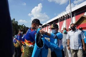 Gubernur  Lepas Kontingen PON XX Jambi ke Papua
