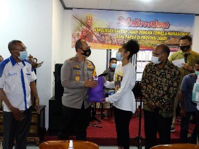 Kapolda Jambi Gelar  Silaturahmi dengan Tomas, Toga dan Himpunan Mahasiswa Papua Jambi