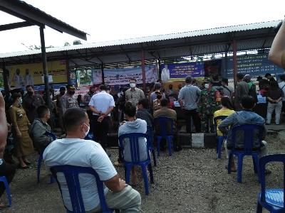 Walikota Fasha Tinjau Vaksinasi Massal Untuk Ojol, Supir Angkot dan Pelayan Swalayan  di Kota Jambi