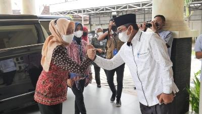 Tanjabar Zona Merah : PJ Gubernur Jambi Rapat Covid 19