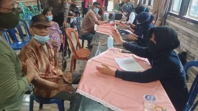 Dihari Ketiga Polresta Jambi Vaksinasi Lansia dan Publik, Suntikkan 444 Vaksin