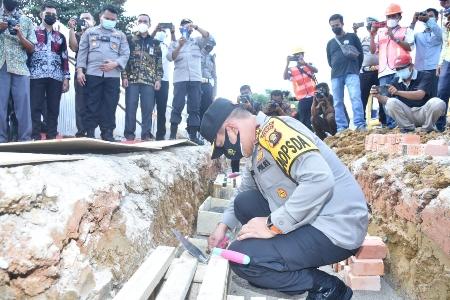 Kapolda Jambi Hadiri Peletakkan Batu Pertama Pembangunan Polres Batanghari