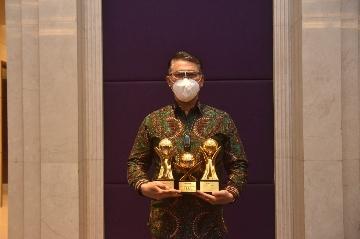 Borong Tiga Penghargaan Sekaligus, Fasha Raih Top Pembina BUMD