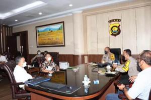 Kapolda Jambi Memimpin Rapat Koordinasi Penanggulangan Kebakaran